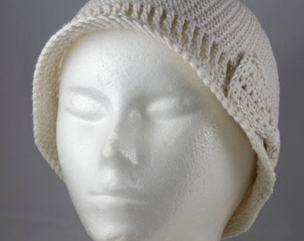 Lightweight Cloche in Ivory for Cancer Patients