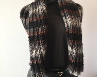 Warm scarf vest