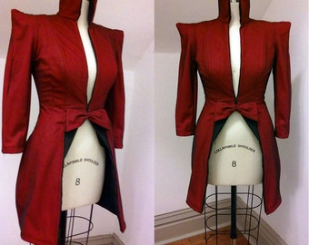 Amazing red wool jacket with black net overlay - high collar - pointed shoulders