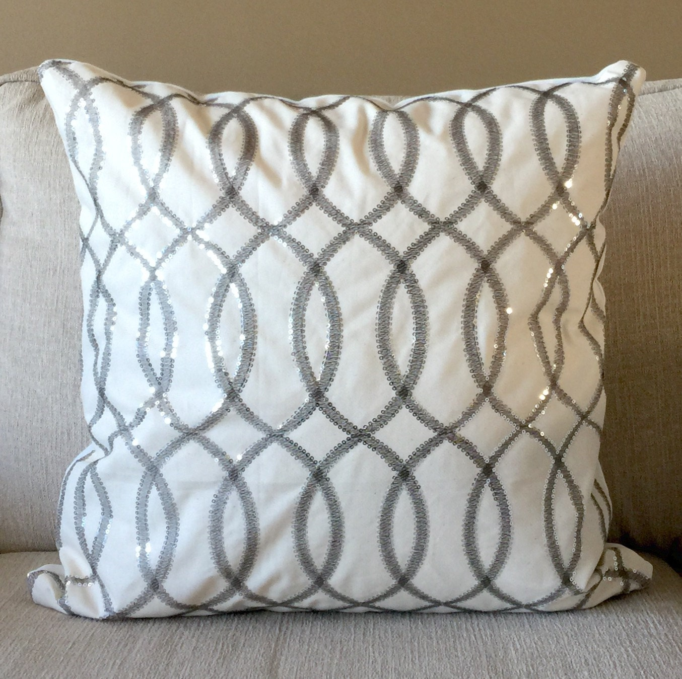 decorative silver metallic pillow cover ogee pattern shiny. Black Bedroom Furniture Sets. Home Design Ideas