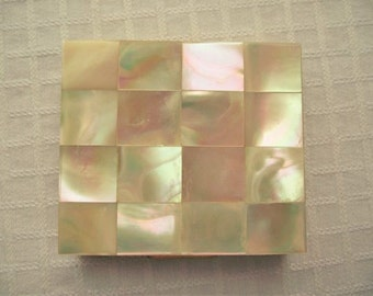 VINTAGE Compact,Mother of PEARL Compact,Vintage COSMETICS,Brass and Mother of Pearl,Retro Compact,Ladies Accessories