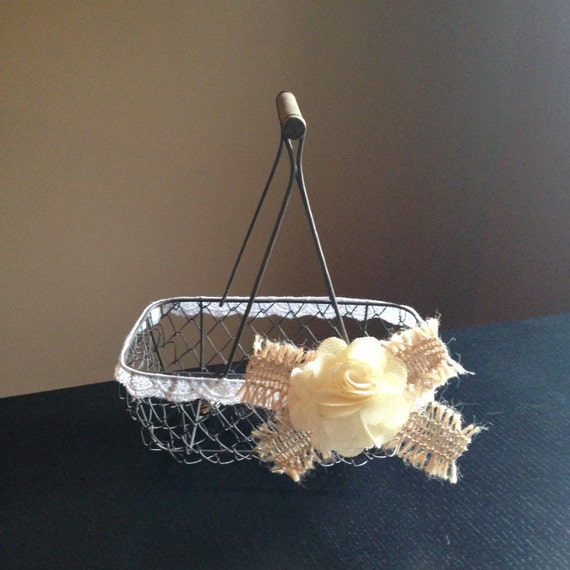 Rustic Flower Girl Basket, Wire Wedding Basket, Burlap Wedding, Shabby Chic Wedding Basket // FG01