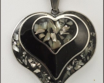 Vintage Heart Shaped Abalone Shell Inlay Pendant Silver Tone Necklace