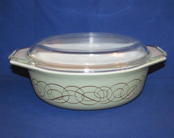 Pyrex Sage Casserole Dish Green with Gold Scroll PROMOTIONAL PIECE RARE 043