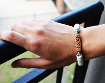 Beaded bracelets. Shell bracelet. Turquoise bracelet