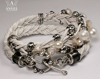 WHITE QUEEN, 100% Sterling Silver Bracelet - Womens  Bracelet -Vintage Bracelet - Womens Jewelry - Natural Leather Bracelet