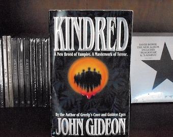 Kindred by John Gideon 1996, Jove Books Vintage Vampire Horror Fiction Paperback 1st Print