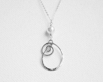 Everyday Necklace Silver and Pearl Necklace Hammered Jewelry Simple Necklace Sterling Silver Hammered Pendant Sterling Silver Pearl Pendant