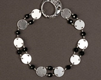 Sterling Silver Sequin and Black Onyx Bracelet - Sterling Silver Wire Wrapped Bracelet with Filigree Clasp - 00271 - by allotria