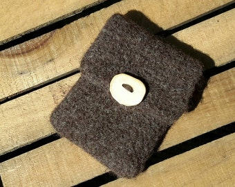 Small felted coin purse or keepsake pouch.  Free Ship!