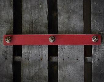 Americana Pull-Knob Hang Rack