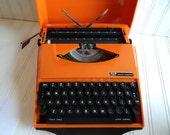 Vintage Orange Smith Corona Karmann Ghia Super G Portable Typewriter 1970s With Hardcase Cover, Retro Working Collectible Typewriter, Office
