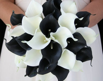 Beautiful Wedding Bouquet-30stems of calla lily in black and white