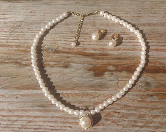 Vintage pearl necklace and earrings