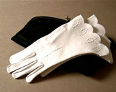 Vintage white gloves, gauntlet style, cotton, 1940's-50's, New Look, hand stitched, small, size 6, dress, bridal, wedding, very chic.