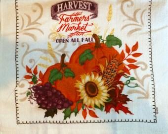Fall Bouquet Crochet Top Towel  (H7)