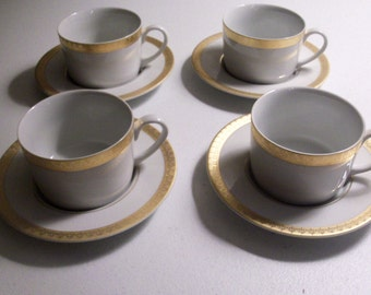 Gabbay Queen Victoria Set Of Four Cup & Saucer Sets