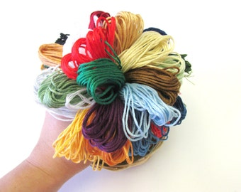 30 Pack Holiday Collection - Holiday Colors - 30 Skeins