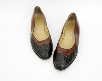Vintage shoes // Bruno Magli two tone leather flats