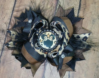 Miss Mouse Cheetah Hair Bow / Boutique Stacked Bow w/ Bottle Cap - 5 inch