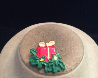 Vintage Christmas Present & Holly Pin