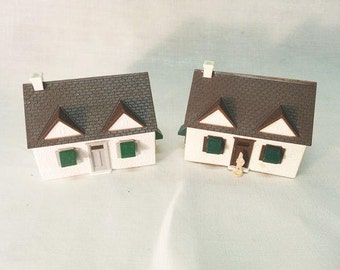 Two Plasticville Cape Cod Houses / Plastic Model Houses