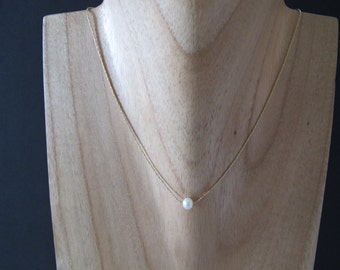 Floating Tiny Pearl Gold Necklace
