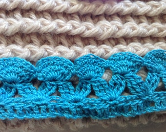 Crochet iPad cover with lace