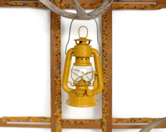 Yellow Hurricane Lantern, Reproduction Unused