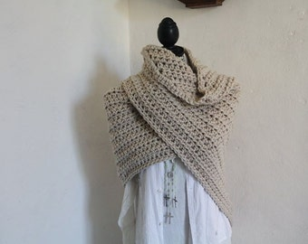 Cream Colored Shawl, Triangle Crochet shawl, Crocheted shawl, Crochet Shawlette, Wraps Shawl, Shoulderwarmer, Crochet Wraps, Acrylic Wool,