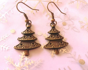 Antique gold colour Christmas tree earrings, xmas tree earrings, christmas tree earrings, christmas jewellery