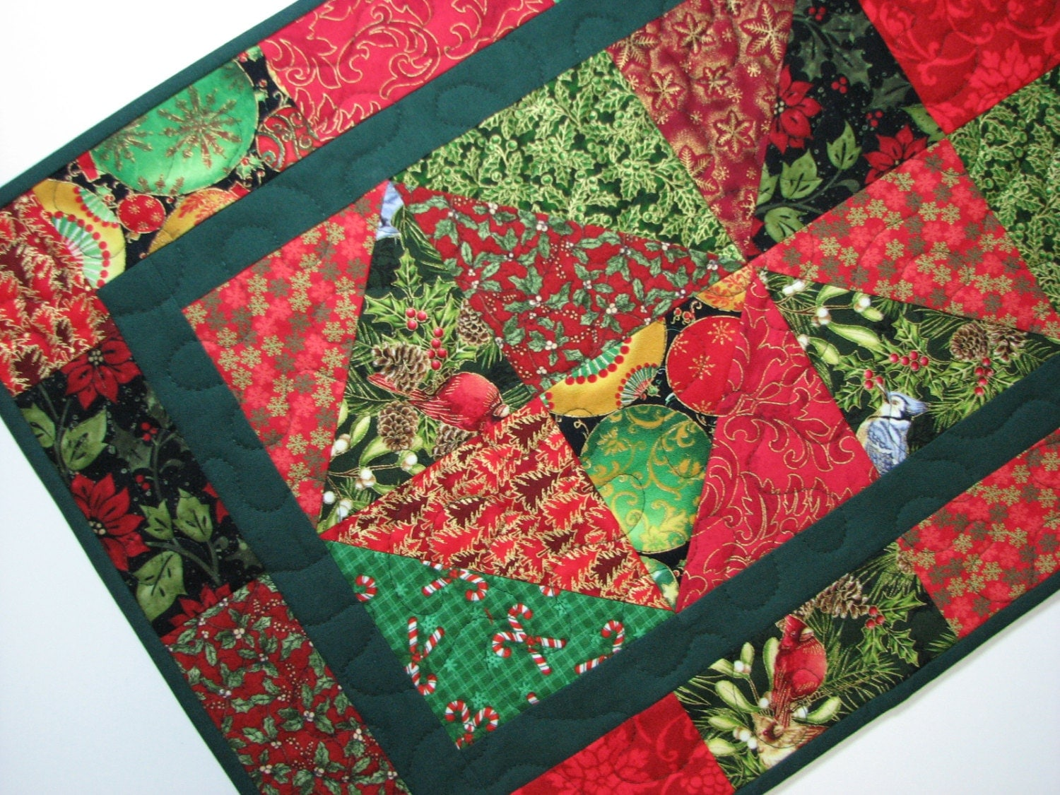 Quilted table runner christmas red and green