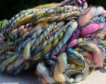 """Skein of multicoloured """"Chamalow"""" hand spun wool"""