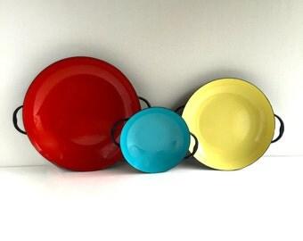 Mid-Century, Vintage Enamel Paella Pans Nesting Red Yellow Blue set of 3