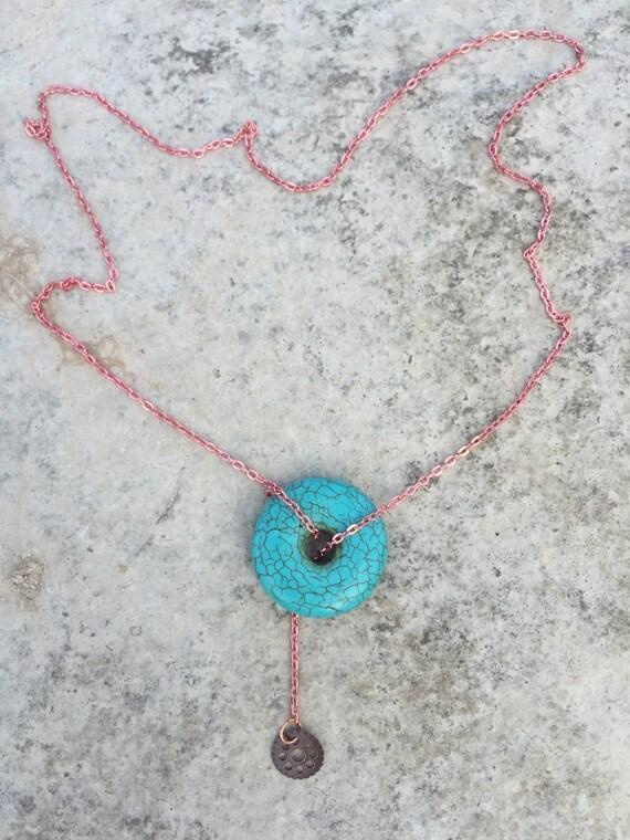 Turquiose Howlite & Gear Lariat Necklace