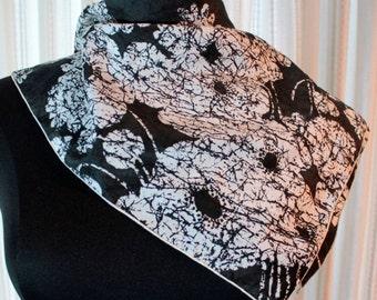 Vtg Womens Scarf Black White Vintage Square Accessory Apparel B/W