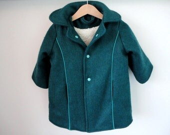 Blue Green children mantlet with cuddly soft lining