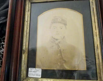 CIVIL WAR SOLDIER fRAMED pHOTO vERY nICE