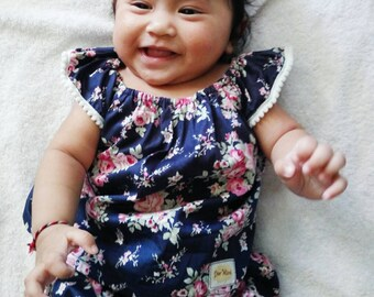 Navy Blue Floral baby top and bloomer set, Baby girl clothes, baby gift, summer baby clothes