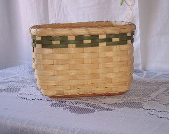 Easy Wood Bottom Basket