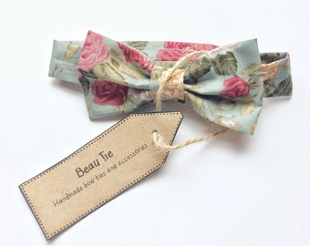 Baby boys bow tie, floral bow tie, pink floral bow tie, baby bow tie, kids bow tie, baby shower gift