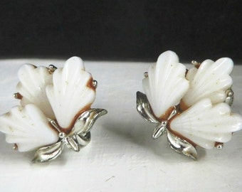 White Thermoset Earrings, Vintage Longcraft Flower Silver Tone Screw Back Earrings Summer Jewelry Gift for Her