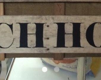 Beach house sign, shelly