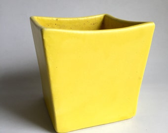 Vintage Haeger Planter in Bright Sunny Yellow