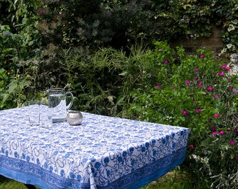 TABLECLOTH FINE COTTON Blue and white thistle design