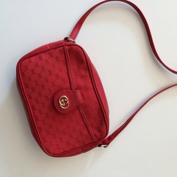 c53765ec6f92 Red Gucci Small Purse | Stanford Center for Opportunity Policy in ...