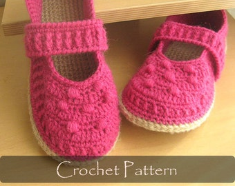 CROCHET PATTERN - Mary Jane Slippers Crochet Pattern House Slipper Pattern Womens Slippers Warm Winter Shoe Pattern PDF - P0037