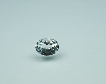 1.30 carat Aquamarine oval March Birthstone