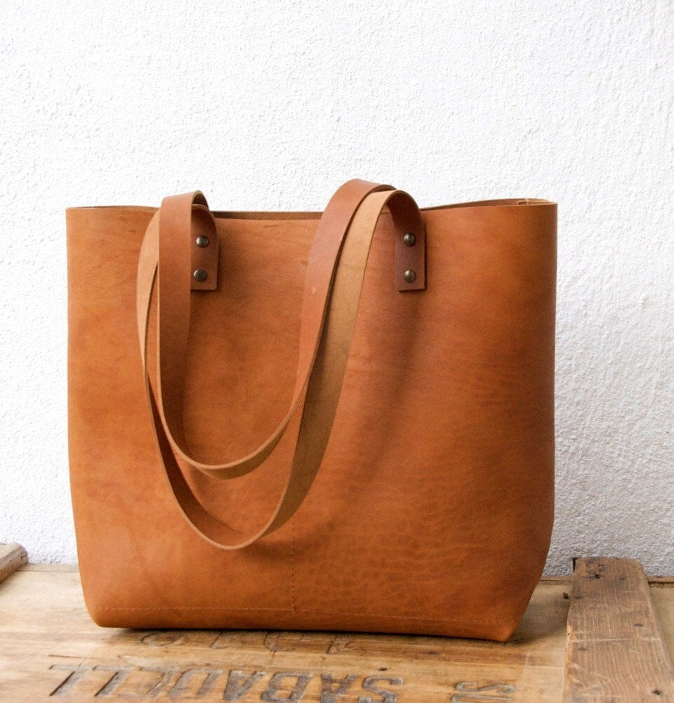 Camel Leather tote bag. Cap Sa Sal Bag. Handmade.