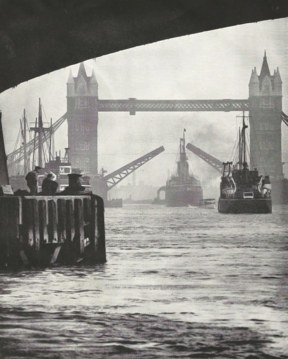 Tower Bridge 1950s vintage Print Vintage ephemera Street art Old London